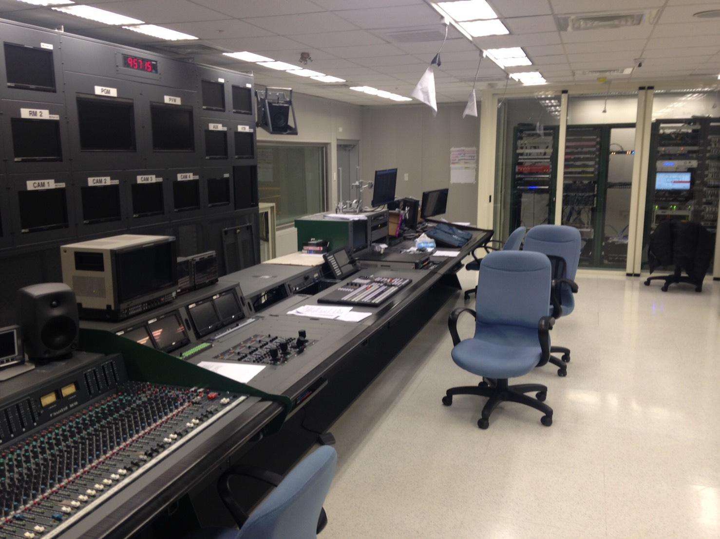 電視台數位副控室